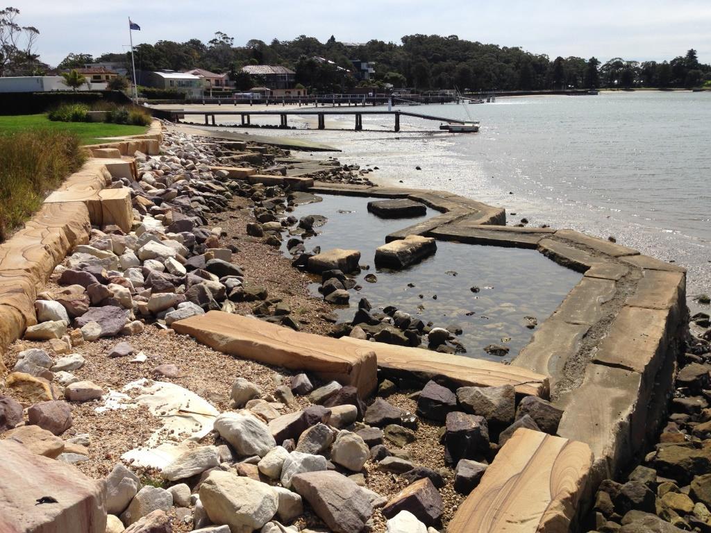 Granite Block Seawall : Environmentally friendly erosion protection seawalls